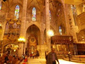 Kathedrale der Heiligen Maria und Outdoor Aktivitäten Ideen